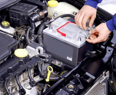 извлечение аккумулятора из авто