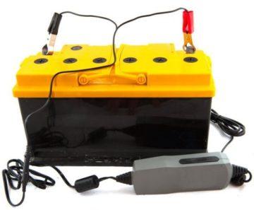 Какое напряжение для зарядки аккумулятора автомобиля